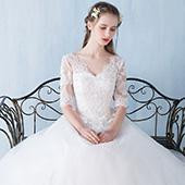 普莱诗 齐地修身显瘦一字双肩婚纱礼服