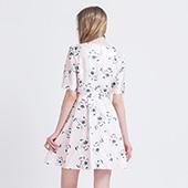 拉谷谷(Lagogo) 修身高腰连衣裙