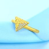戴玫雅 三角形戒指