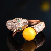 婵娟珠宝 S925 镶鸡油 黄蜜蜡生肖虎蛋形 琥珀戒指