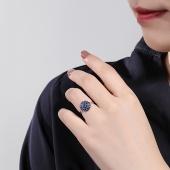金立福 18K金蓝宝石女戒 璀璨花蕊 豪华群镶 彩宝戒指