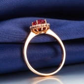 金立福 经典款18K金 红碧玺戒指 彩宝宝石群镶钻石女戒