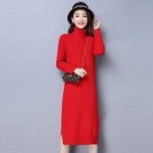 迪尔绒莎 时尚高领连衣裙