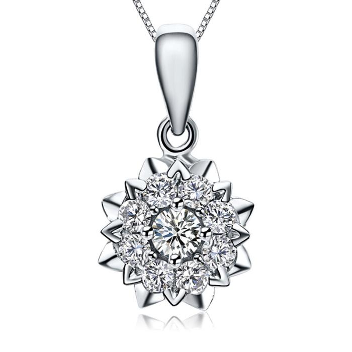 鸣钻国际 群镶钻石项链